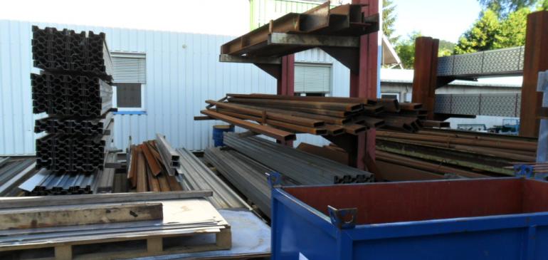 Prodaja upotrebljivog-konstruktivnog metalnog otpada