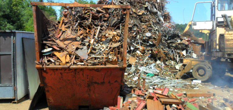 Veleprodaja i maloprodaja metalnih ostataka i otpadaka